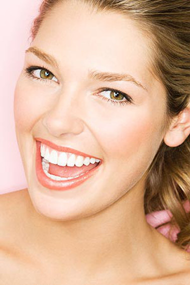 Sâu răng là một bệnh phá hoại cấu trúc của răng.
