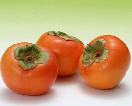 Chất xơ có trong hồng ngâm là loại chất xơ Pectin, có tác dụng kiểm soát sự thèm ăn một cách tự nhiên.