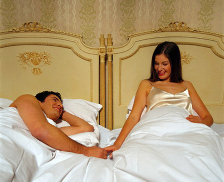 Ngủ riêng giường mà vẫn hạnh phúc.