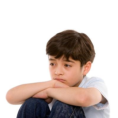 Hãy cố gắng loại bỏ các độc chất gây bệnh tự kỷ ở trẻ.