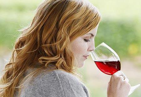Rượu vang đỏ có thể giúp giảm đáng kể nguy cơ mắc bệnh ung thư tuyến tụy.