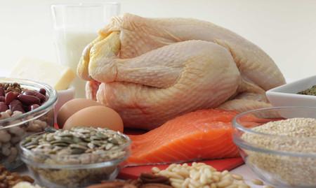 Thiếu protein trong thời gian dài sẽ khiến thị lực giảm sút, dẫn tới các bệnh về mắt.