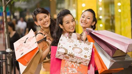 Người Việt Nam có một niềm đam mê mua sắm kỳ lạ.