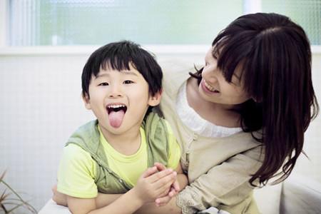 Tiêu hóa tốt sẽ giúp bé hấp thụ tốt và khỏe mạnh hơn.
