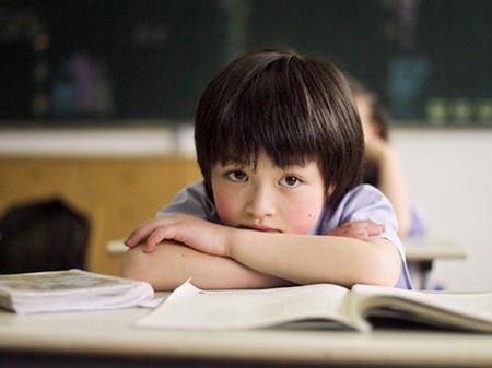 Hãy để trẻ phát triển theo nhu cầu bản năng.