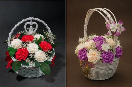 Đón mừng giáng sinh với giỏ hoa hồng rực rỡ từ giấy nhún