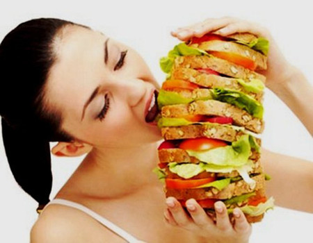 Không nên ăn uống quá no, hãy để cho bụng có một khoảng thời gian đói nhất định.
