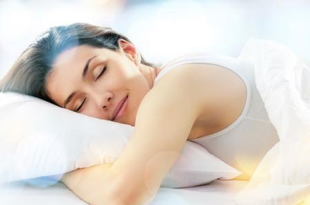 Ngủ đủ giấc khiến cơ thể mạnh khỏe, tràn đầy sinh lực.
