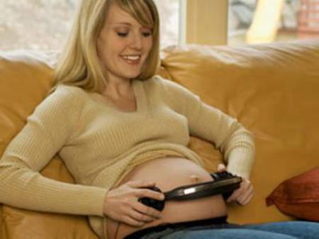 Âm nhạc tốt cho sự phát triển của thai nhi.