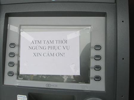 Cho rằng dịch vụ và chất lượng hiện nay còn thấp, nhiều chủ thẻ đòi tẩy chay ATM nếu bị thu phí giao dịch nội mạng.
