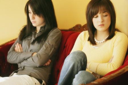 Sự đố kị của chị chồng đã làm tôi không biết bao nhiêu lần rơi nước mắt và tủi thân