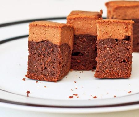 Những chiếc brownies nhỏ xinh ngọt ngào đầy quyến rũ sẽ là món quà tuyệt vời để tặng nửa kia nhân ngày Valentine