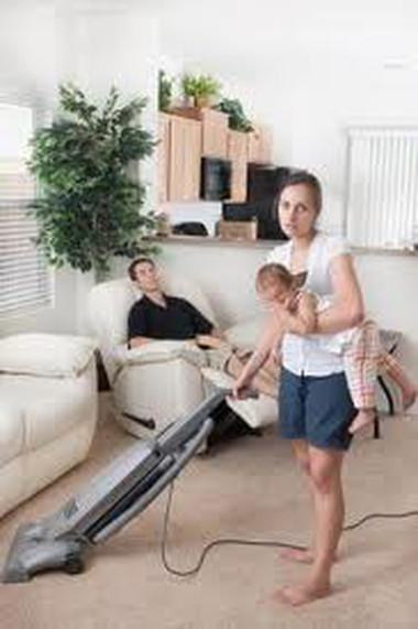 Phải làm thế nào để chồng mình tự giác chung tay gánh vác gia đình với vợ
