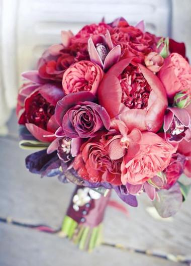 Những mẫu hoa cưới cầm tay cho cô dâu mùa Xuân/ Hè 10