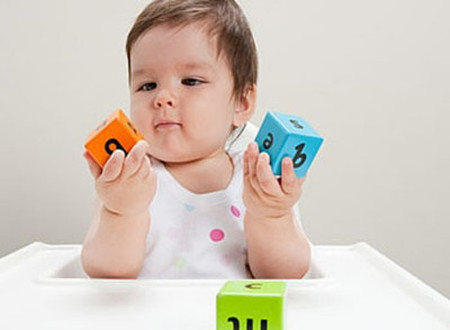 Một món đồ chơi không an toàn sẽ gây ra hệ lụy rất lớn cho sức khỏe của bé.