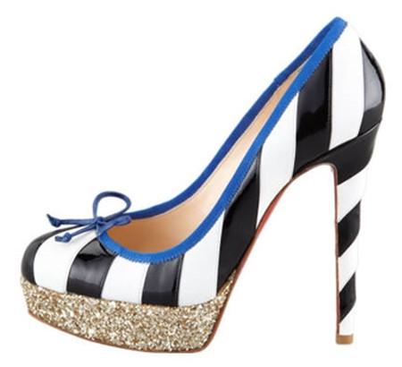 7. Giày kẻ sọc 1