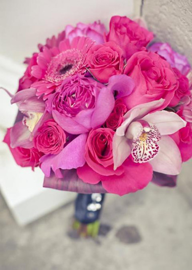 Những mẫu hoa cưới cầm tay cho cô dâu mùa Xuân/ Hè 8