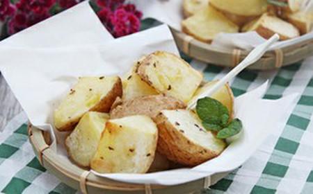 món khoai tây nướng này để ăn kèm với các món thịt nướng hay bò bít tết cũng rất ngon