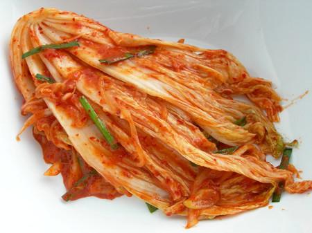 Kim chi ăn với com hay kho cá rất ngon.