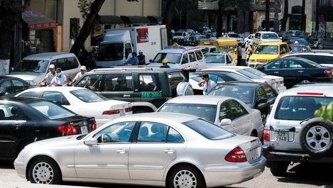 Nhiều chủ xe đã hào hứng đi đăng kí khi phí trước bạ giảm
