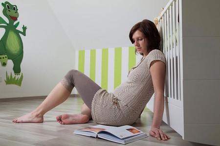 Khi có thai, sản phụ nên đi khám thai định kỳ để phát hiện các bất thường nguy hiểm.