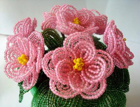 Hoa anh thảo cực xinh từ những hạt cườm 1