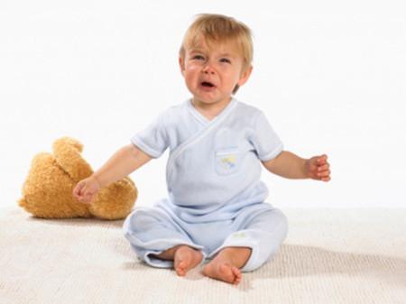Ở trẻ nhỏ, cách thể hiện cảm xúc mỗi khi cáu giận có thể khác nhau.