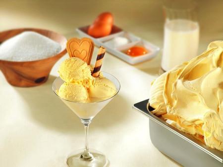 Món kem sầu riêng đặc biệt hấp dẫn ở hương thơm và vị béo ngậy của trái sầu riêng khiến nó trở nên thật đặc biệt và hấp dẫn
