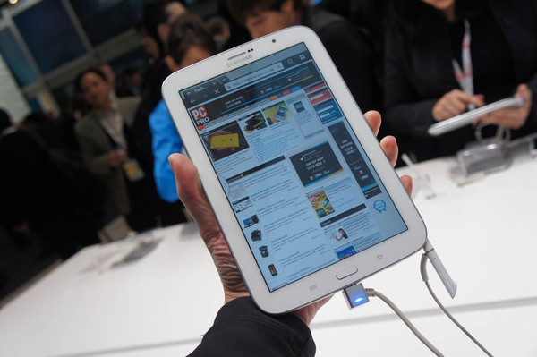 samsung-du-dinh-cho-ra-mat-smartphone-man-hinh-63-inch