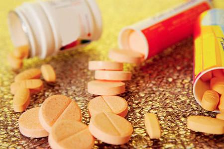 Không tùy tiện dùng vitaminC.