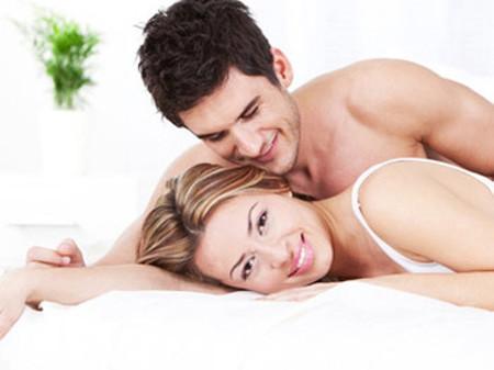 Dù giận nhưng chị vẫn luôn nóng bỏng chung giường để buộc chồng phải làm lành.