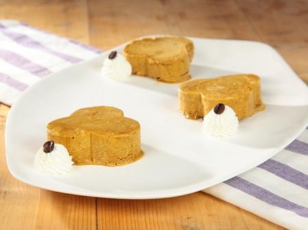 Với món bánh kem ngon ngọt, thơm lừng vị cà phê này, chắc chắn bạn sẽ khiến mọi người thích mê.