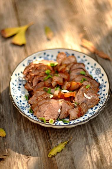 Món bắp bò hầm quế hồi có thể để tủ lạnh dùng dần trong vài ngày mà vẫn giữ nguyên hương vị