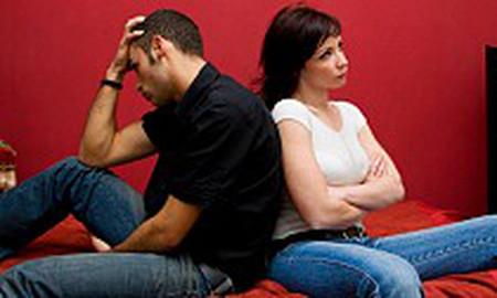 Giận nhau là bạn gái lại quay về với người cũ.