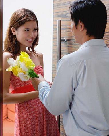 """Các gã """"trai đểu"""" luôn biết cách đối xử tốt với phụ nữ"""