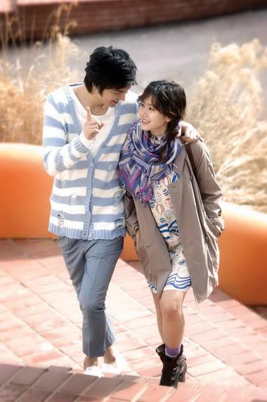 khoảng thời gian đi dạo bên nhau sẽ giúp vợ chồng hiểu nhau hơn.