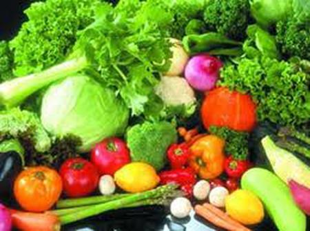 Rau, củ, quả cung cấp vitamin, khoáng chất, chất xơ giúp trẻ phát triển khỏe mạnh,