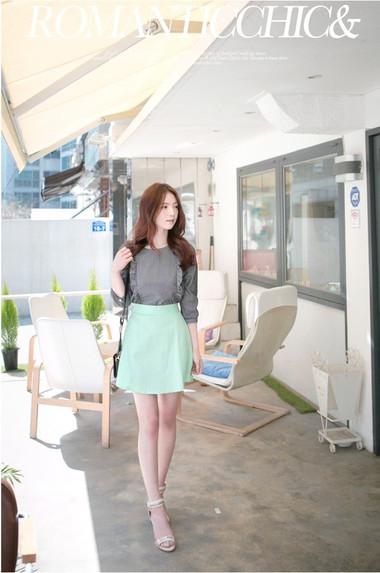 4. Váy 3
