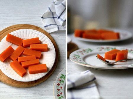 Rau câu bí đỏ là món ăn vặt thích hợp cho mọi lứa tuổi.