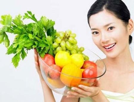 Ăn trái cây và rau quả tươi, lành mạnh 1