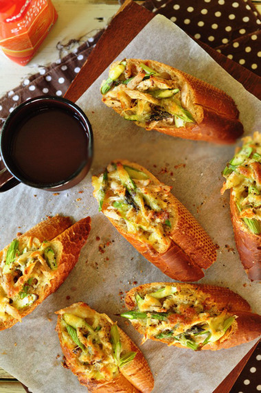 món bánh mỳ nướng giòn bởi vậy mà có thật đầy đủ hương vị hấp dẫn cho một bữa sáng tràn đầy năng lượng.