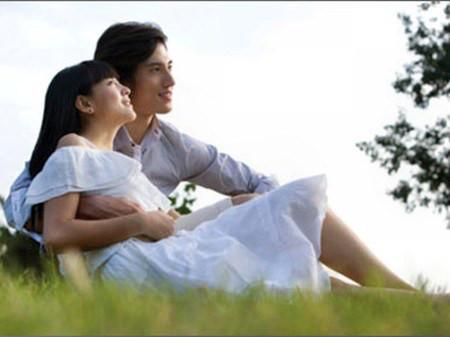 Cô gái nào cũng cảm thấy hạnh phúc khi ở bên người đnf ông tin cậy.