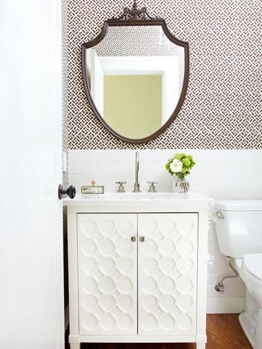 Bí quyết giúp phòng tắm nhỏ luôn gọn gàng, bừng sáng 12