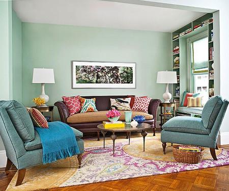 Những chiếc ghế dài cồng kềnh không phải là lựa chọn hợp lý khi trang trí không gian nhỏ.