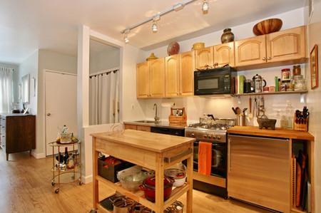 Căn bếp là trái tim của ngôi nhà, có liên kết trực tiếp tới sức khỏe, sự thịnh vượng và hạnh phúc của gia chủ.