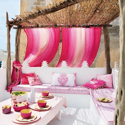 Lãng mạn không gian nhà bạn với sắc hồng 8