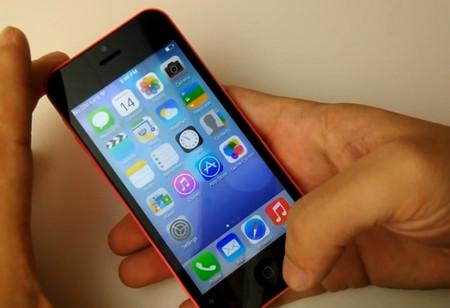 GooPhone i5c có giao diện người dùng tương tự như iPhone 5C nhưng thực chất hoạt động trên Android.