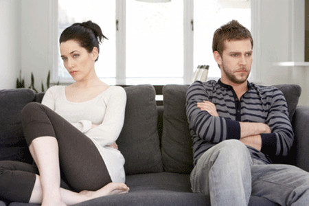 """Vợ chồng ngày càng xích mích nhiều hơn vì cái vụ """"anti"""" áo chíp của vợ."""