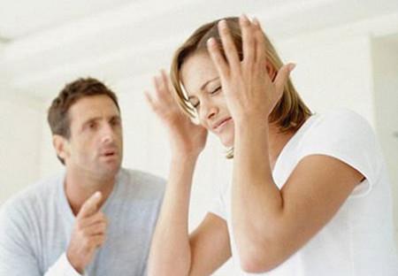 Chẳng lẽ suốt cuộc đời tôi phải làm tấm bình phong co chồng?