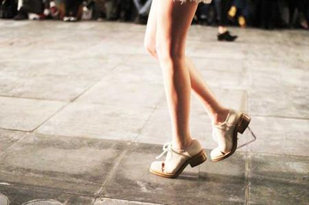 3. Giày brogue 2